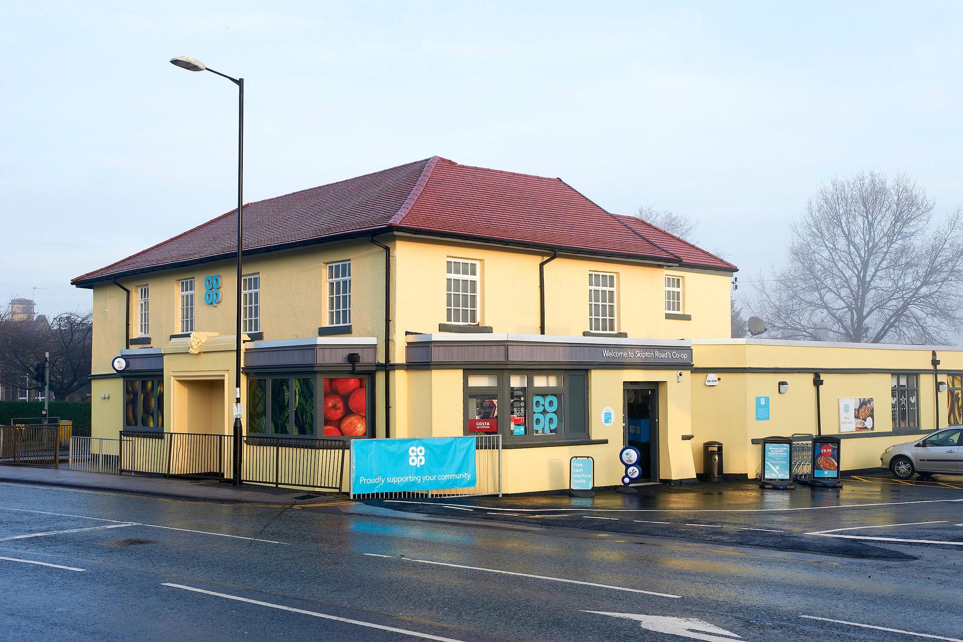 A photograph of Harrogate - Skipton Road